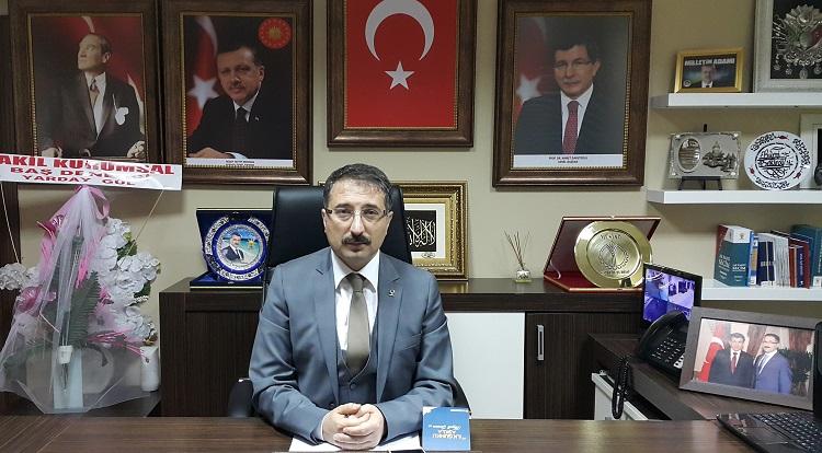 'Türkiye Cumhuriyeti Boyun Eğmez'