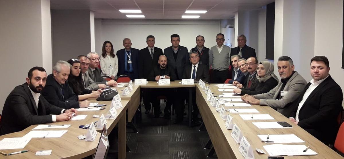CHP,  Belediye Meclis Üyelerine Eğitim