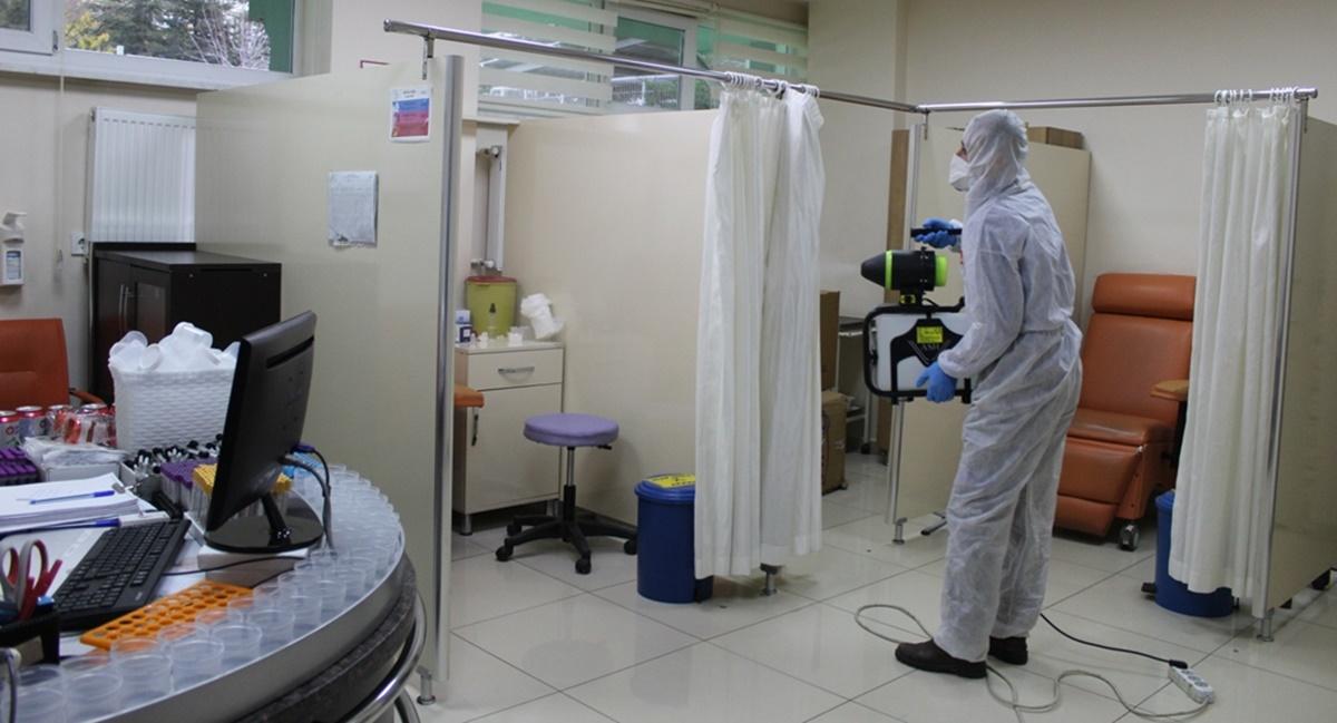 Özel Hastane Her Gün Dezenfekte Ediliyor