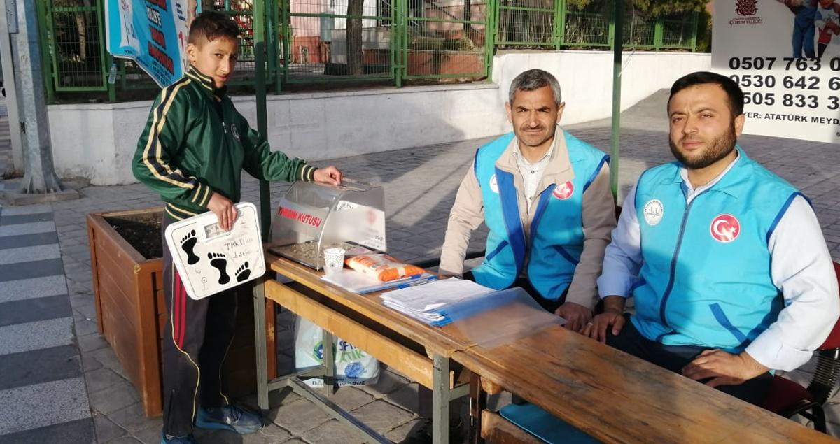 Baskülle Para Kazanan Alpay'dan Büyük Davranış