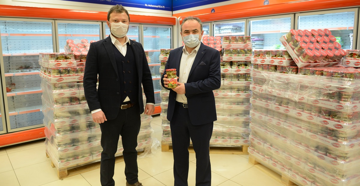 Yakamoz Turşu'dan Gıda Bankasına Bağış