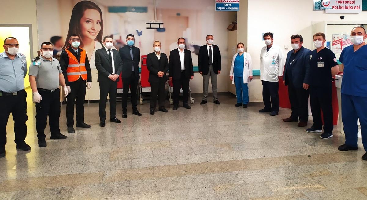 CHP'den Sağlıkçılara Koruyucu Gözlük Desteği
