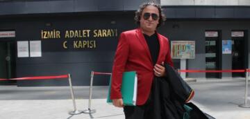 Türkücü Avukat, Adliyede Klip Çekti