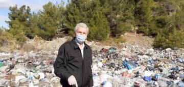 Köylüler Dökülen Çöplerden Şikayetçi