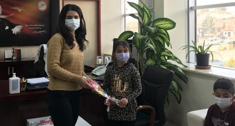 Öğrencilerden Sağlık Çalışanlarına Mektup