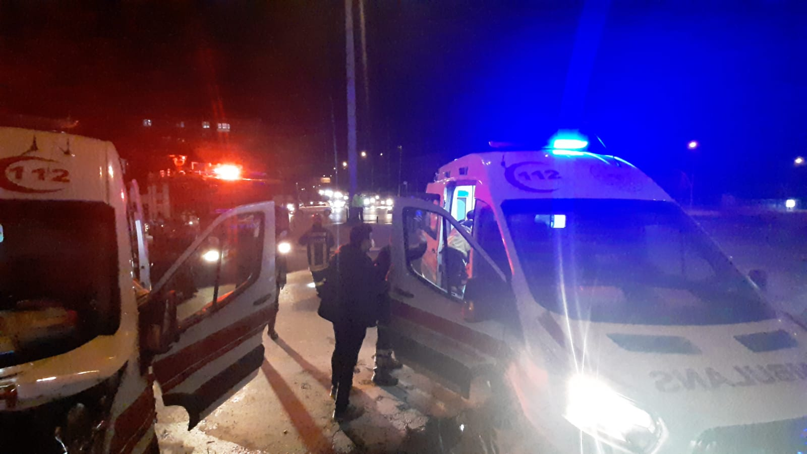 Ambulans  Kaza Yaptı: 7 Yaralı