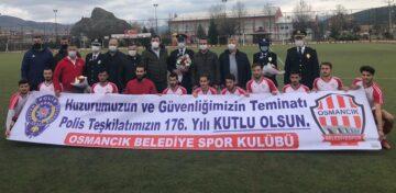 Osmancık'ta Polise Pankartlı Kutlama