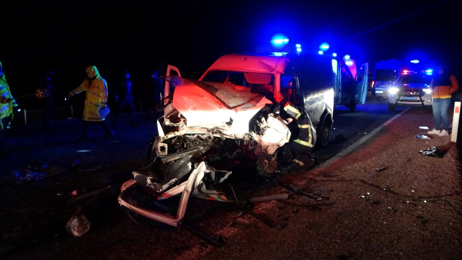 Kırkdilim'de Feci Kaza: 2 Ölü, 5 Yaralı