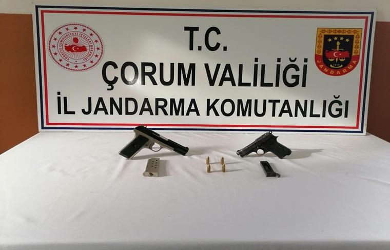 Osmancık'ta Ruhsatsız Tabanca Ele Geçirildi