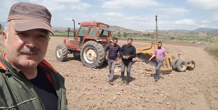 'Emeklerini, Üretime Dönüştüren Çiftçilerimizi Kutluyorum'