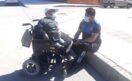 Canı Sıkıldı, Polisle Sohbet Etti