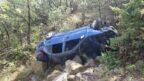 Otomobil Uçuruma Yuvarlandı: 6 Yaralı