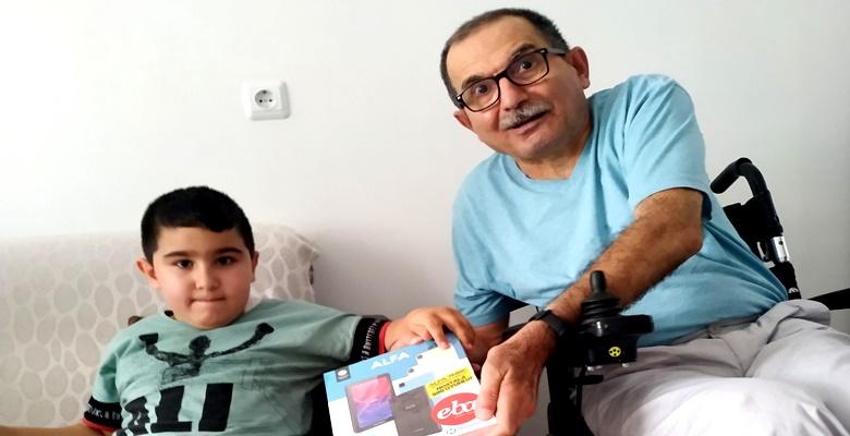 Engelli Çocuğun Sevincine Ortak Oldular