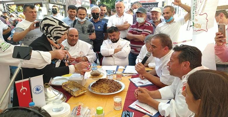 Çorum'daki Festivalde Yöresel Tatlar Yarıştı