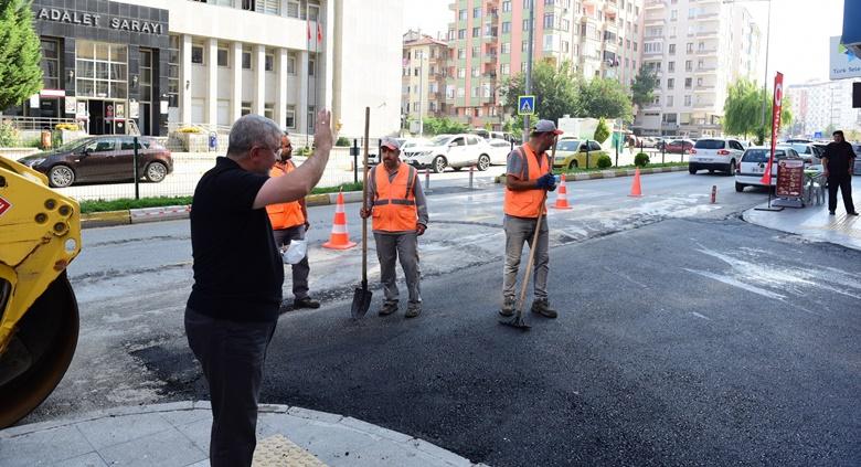 Üçtutlar'ın Sokakları Asfaltlanıyor