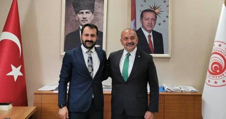 """Başkan İsbir'den, Berat Uzun'a """"Hayırlı Olsun"""" Ziyareti"""