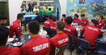 Belediye Başkanından Turgutluspor'a Moral Yemeği