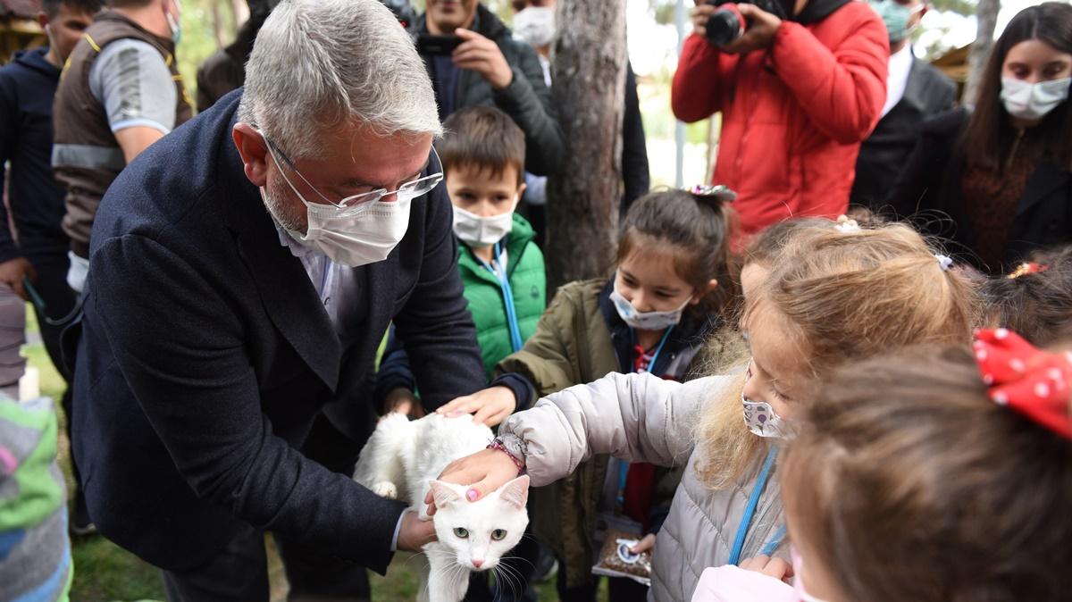 Belediye'den 4 Ekim Hayvanları Koruma Günü Etkinliği